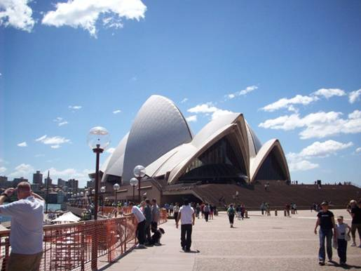 C:\Documents and Settings\Genie\My Documents\My Pictures\Sydney 1\Sydney Opera House.jpg